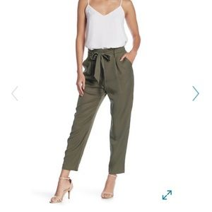 Socialite Green PaperBag Trousers with bow
